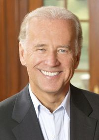 Biden_official_photo_portrait_2crop